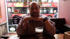 Andreas und sein Bier (Drouthy's Queen Street, Glasgow)